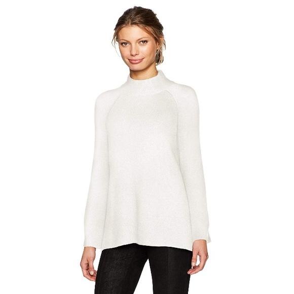 Calvin Klein Sweaters - NWT Calvin Klein Cream Sweater